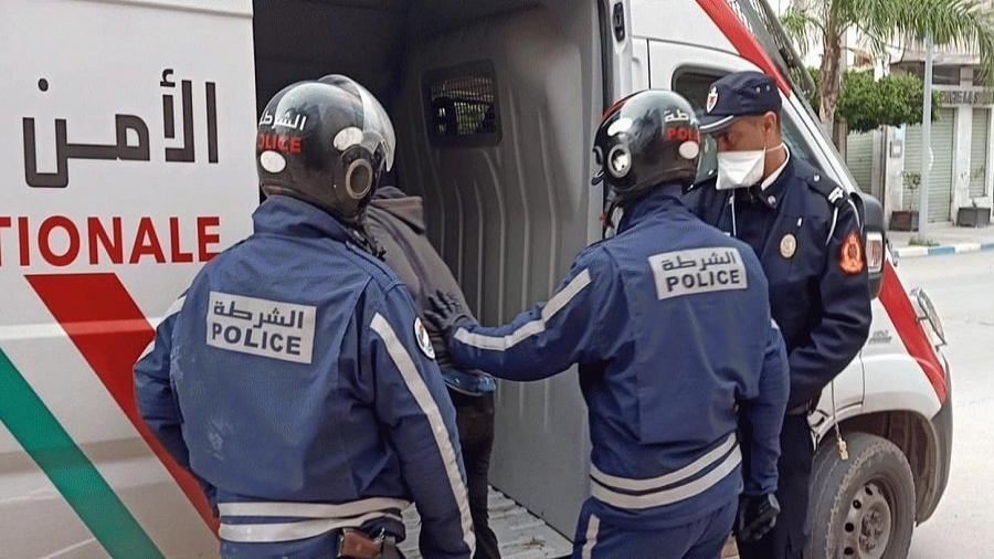 الدارالبيضاء..ايقاف شخصين ينحدران من إحدى دول إفريقيا جنوب الصحراء للاشتباه في تورطهما في قضية تتعلق بالسرقة.