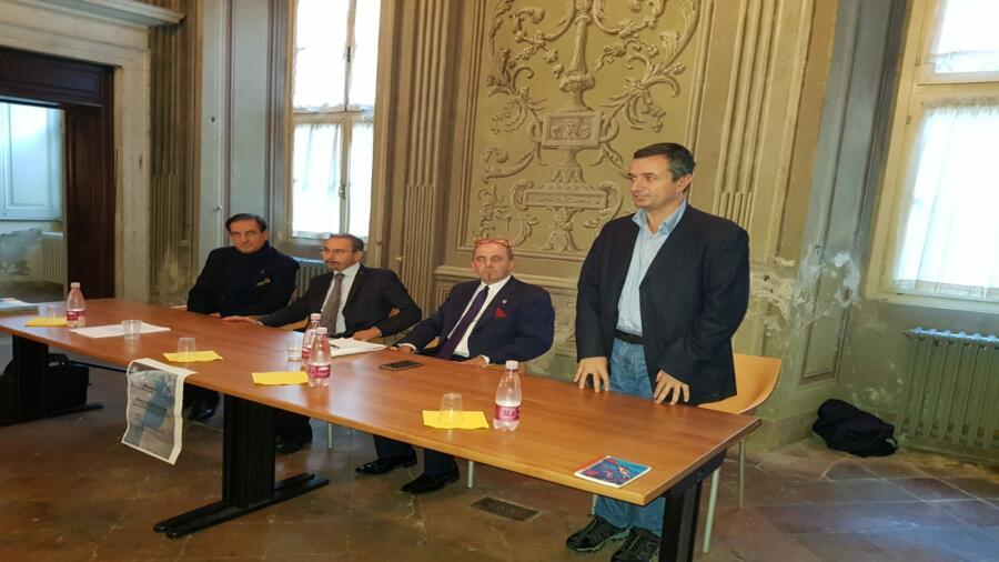 فعاليات جمعوية مغربية وإيطالية تعقد لقاءا تواصليا للرد على مغالطات فصائل البوليساريو الإنفصالية.