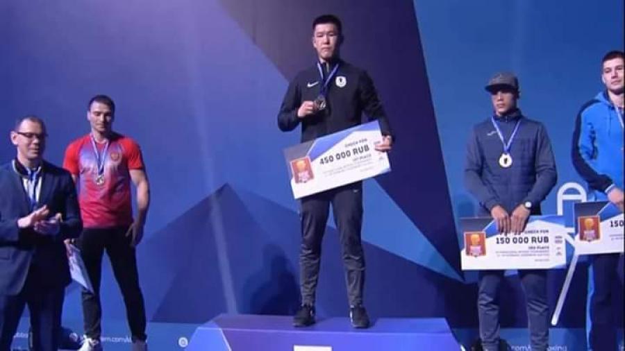 البطل محمد الصغير يتوج بالميدالية البرونزية في الدوري الدولي «Governor'Cup» بروسيا .