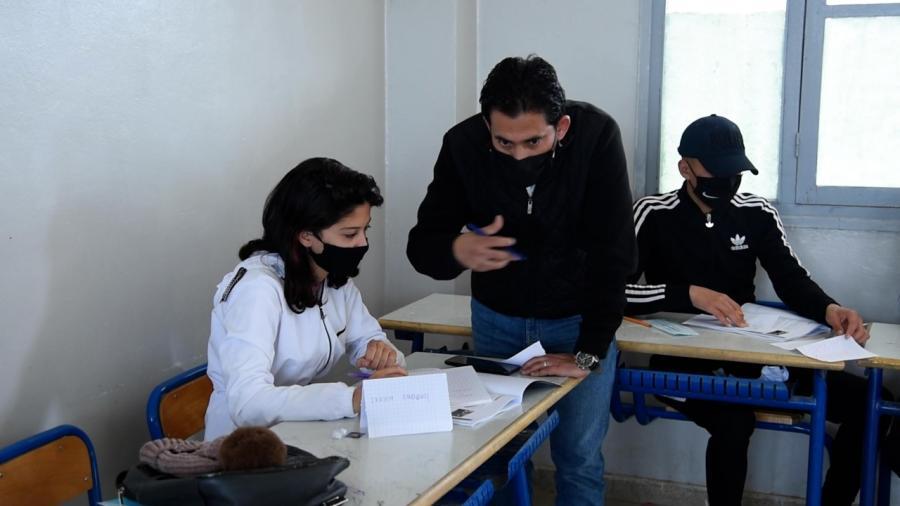 """مبادرة """"نقراو جميع"""" تواكب تلاميذ المستويات الإشهادية"""