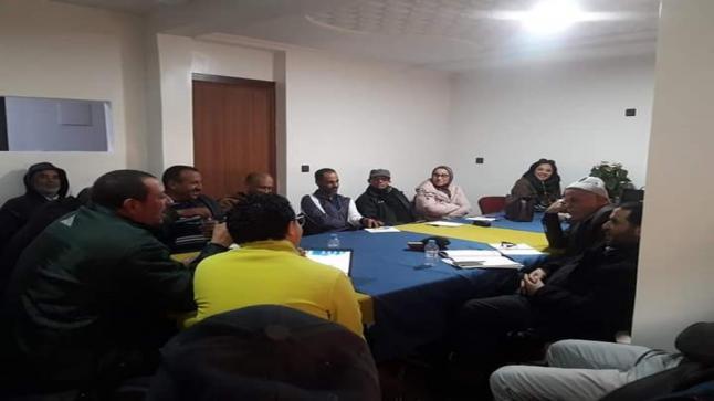 الفرع الإقليمي الجديدة يعقد اجتماعا لتقييم سير برنامج المثمر.