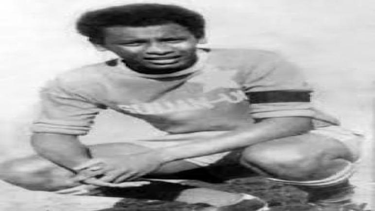 لاعب المريخ السوداني الكابتن السابق كمال عبد الوهاب الملقب بدكتور الكرة الكرة السودانية في ذمة الله