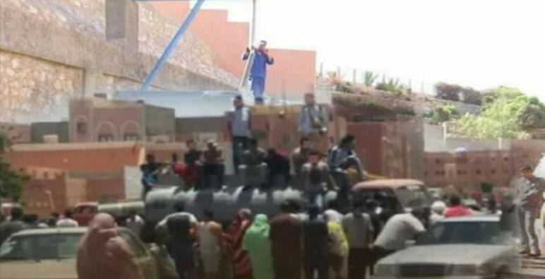 معاناة ….إنقطاع المياه لليوم الرابع على التوالي ببعض أحياء مدينة العيون في زمن كرونا.