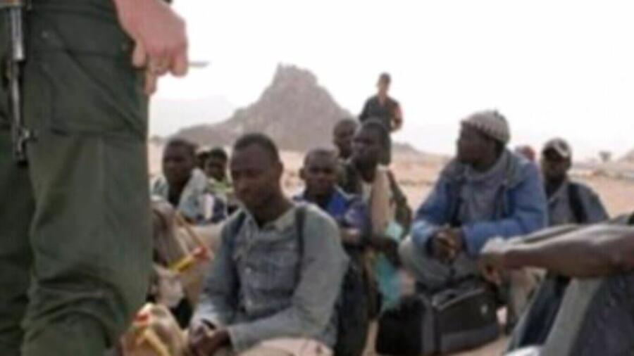 خطير……منزل يتعرض لهجوم مهاجرين أفارقة من جنوب الصحراء والدرك الملكي يتدخل؛