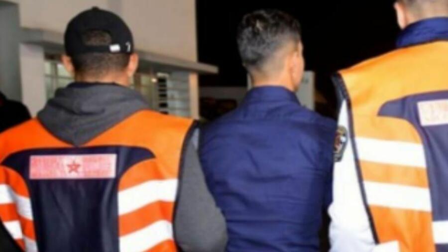 بني ملال,,ايقاف شخص للاشتباه بتورطه في قضية تتعلق بالتهديد بارتكاب جرائم القتل العمد والتحريض على ارتكاب جنايات وجنح ضد عناصر القوات العمومية