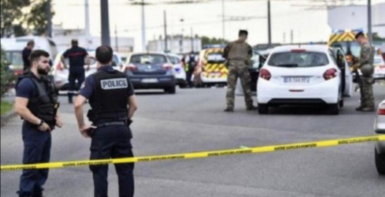 فرنسا ،،،بعيدا عن كوفيد،، هجوم شخص مسلح بسكين