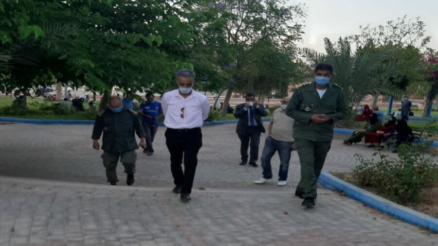 اقليم شيشاوة :عامل الإقليم بوعبيد الكراب يشرف على تطبيق تخفيف الحجر الصحي في جولة ميدانية تفقدية للفضاءات الخضراء بمدينة شيشاوة بعد إقرار حالة الطوارئ.