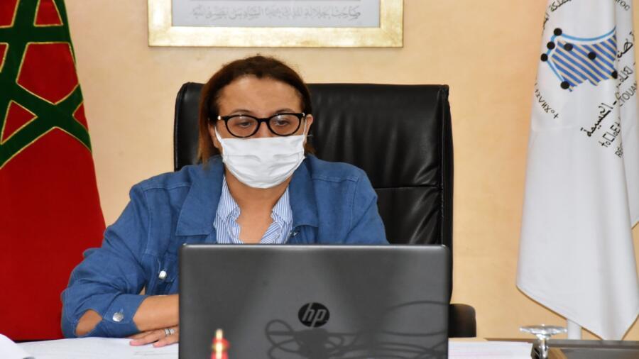 """السيدة فاطمة الحساني تتباحث مع السيد عبد العظيم الحافي حول سبل تفعيل اتفاقية مؤسسة """"دار المناخ المتوسطية"""""""