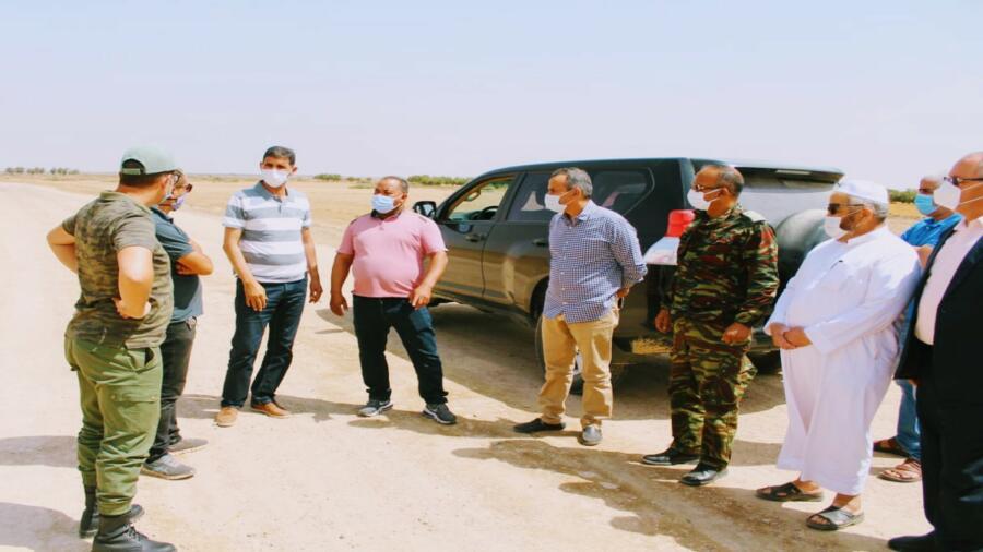 اقليم شيشاوة : عامل الإقليم بوعبيد الكراب في زيارة تفقدية لتتبع المشاريع التنموية طرقية بجماعة مجاط و امزوضة .
