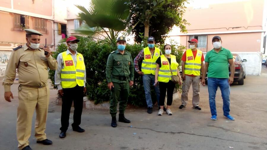 حملة تحسيسية ضذ جائحة كورونا بالتنسيق مع السلطات المحلية بحي مبروكة عمالة مولاي رشيد