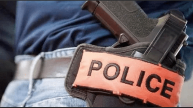 طنجة..مقدم شرطة يظطر لإشهار سلاحه الوظيفي دون أن يلجأ لاستخدامه